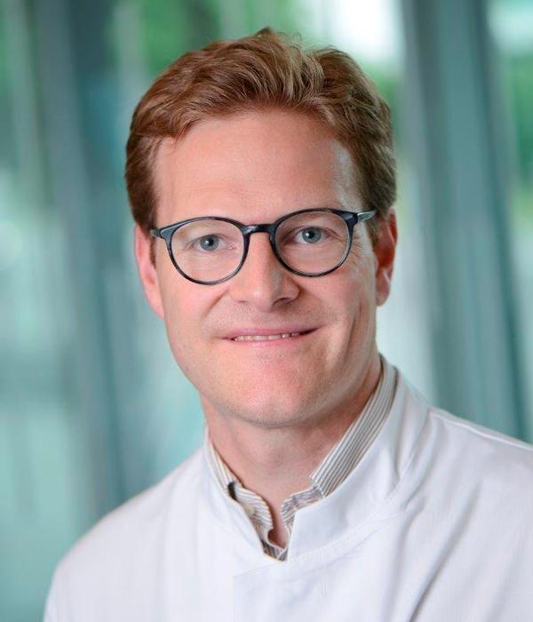 DR. MED. FRANK WEBER